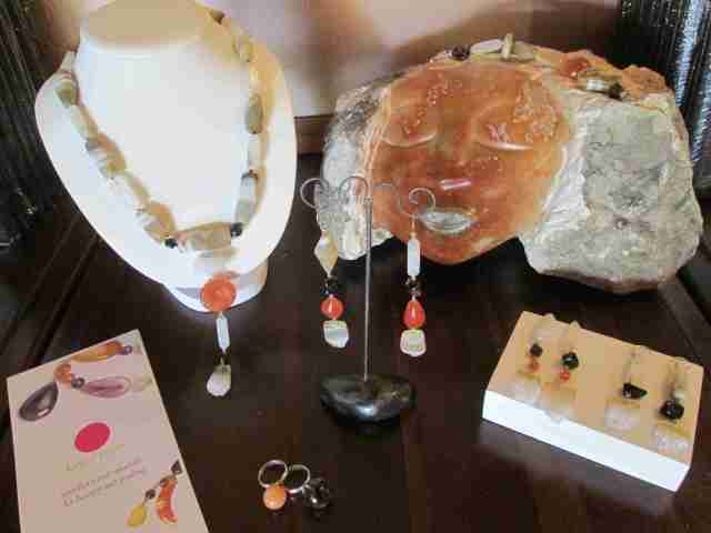 our crystal passion jewellery in the chilo gorge shop