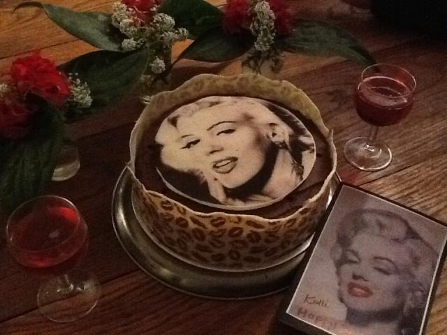 Marylin Munroe Cake